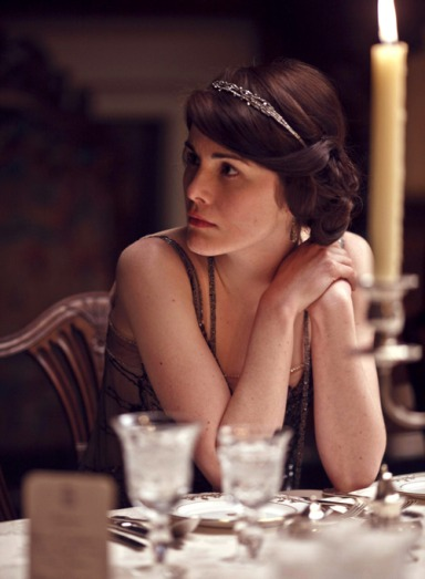 Honestly, although Lady Mary always looks to-die, I'll probably dress as one of the maids, because I really like those little caps and aprons.